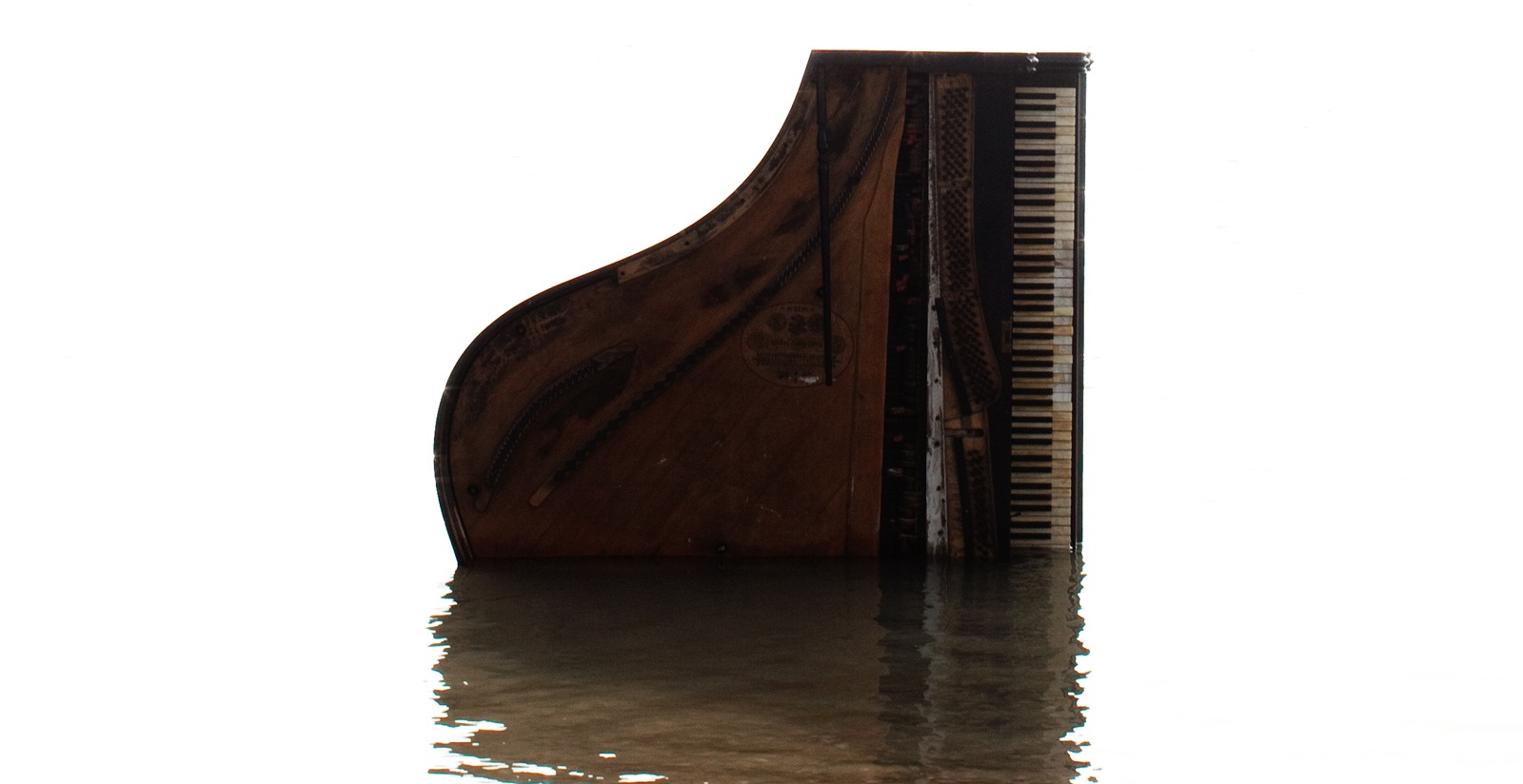 Trio Clavis Piano in Water